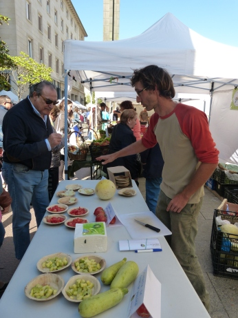 Cata variedades locales_mercado agroecológico_Zaragoza_RSA_20170916.1